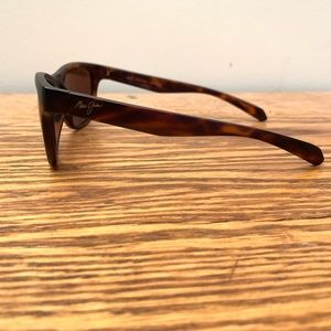 Maui Jim Accessories - Maui Jim Secrets Polarized Sunglasses